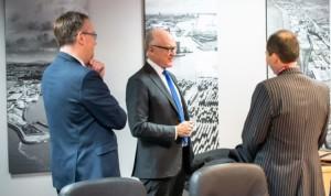 Ambassador-Robert-Wood-Johnson-visiting-Peel-Ports-2-e1581520791117